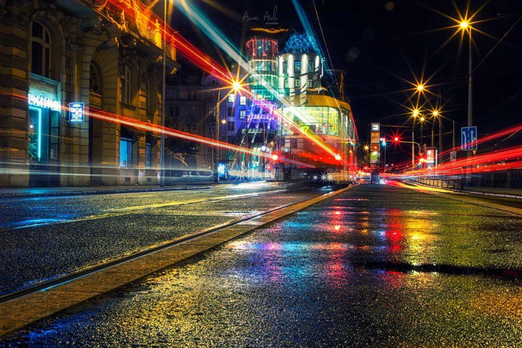 Tram e Casa danzante - Praga